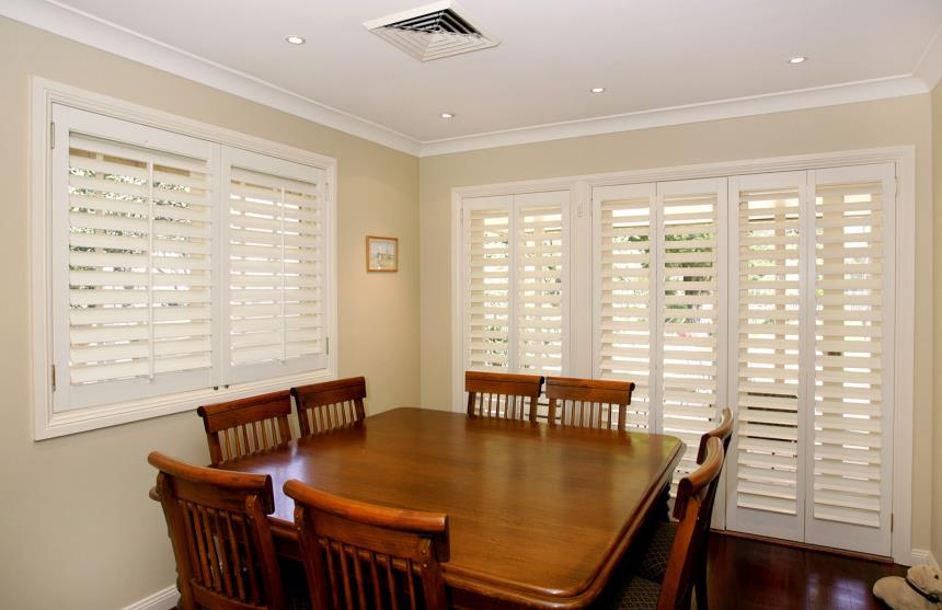 Open Shutters - Differences complement