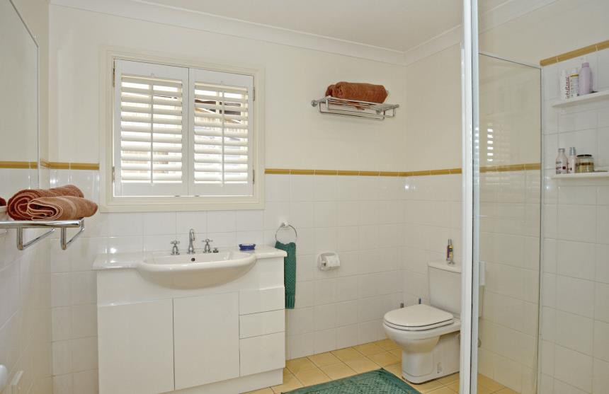 Open Shutters - Privacy in the ensuite